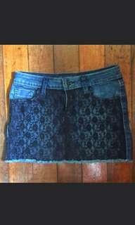 Guess Maong Skirt with Lace Details