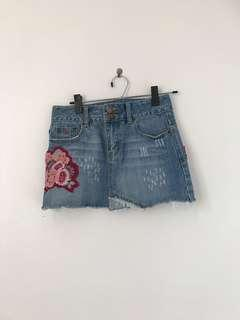 A&F denim mini skirt