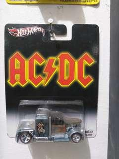 Hot Wheels AC/DC Convoy Custom