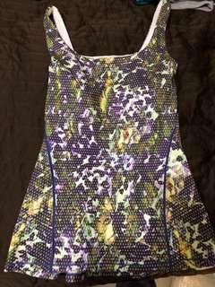 Lululemon tank top with pad size 4