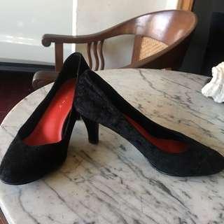 Genny black suede heels