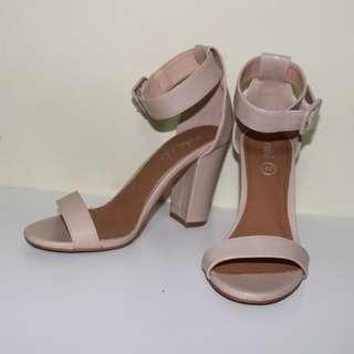 Rubi Heels - San Sebastian Heels