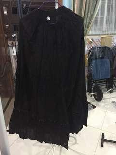 🚚 Long black skirt