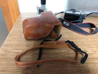 Leather Camera Case for Mirrorless Cameras
