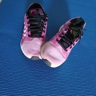 Authentic Nike zoom pegasus 31