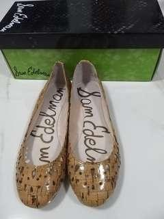 Brand new Sam Edelman flat shoes in 35.5 size