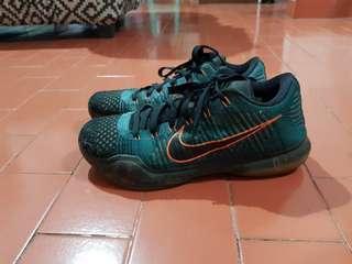 Basketball shoes. Kobe X elite drill sergeant