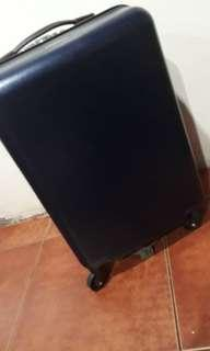 Johnnie walker luggage with rotating wheels and anti theft lock