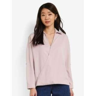 Essential Tab Detail Collar Top (Light Pink)
