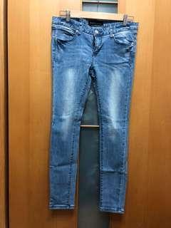 🚚 Queenshop-刷白淺藍牛仔褲