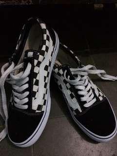 Vans oldskull checkerboard size 40