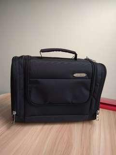全新Samsonite B-Lite Toiletry Kit