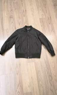 Uniqlo kids MA1 jacket 120