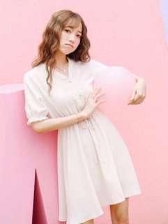 🚚 Babydoll Dress in beige
