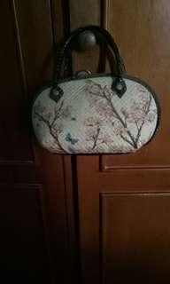 Murce tas wanita. 1 tas soppy marteen
