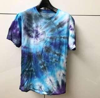 Handmade Tie Dye T-shirt (Blue)