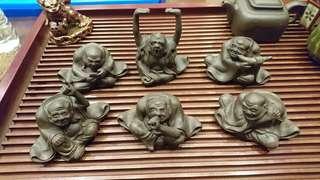 🚚 徐青、六怪紫砂雕塑