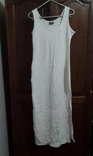 H&M White Sleeveless Maxi Dress