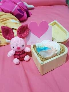 Crochet Piglet with glow in the dark rose set