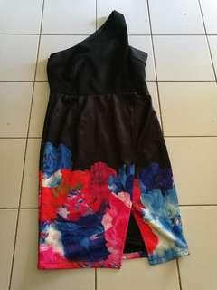 Free postage!! Free cod!! Toga dress