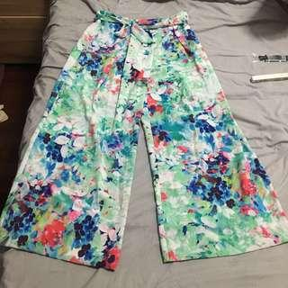 Brand New Floral flowy pants