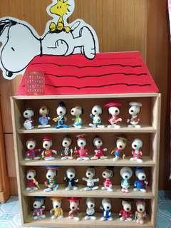 絕版史努比麥當奴玩具全套28隻連木架及產品咭