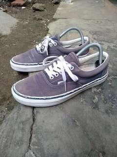Sepatu vans original size 42 kondisi layak pakai