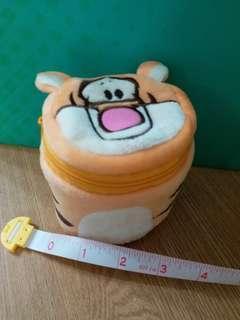 Disney winnie the pooh Tigger 跳跳虎 圓桶形 小收納盒