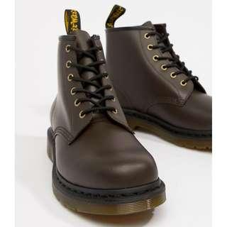 🚚 2019 Sale! Dr Martens 101 6-eye boots in chocolate