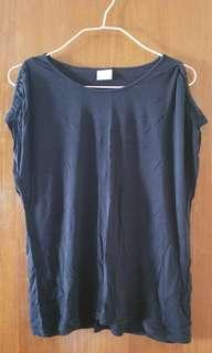 👕 Zara 黑色 灰色 露膊 black & grey classic t-shirt