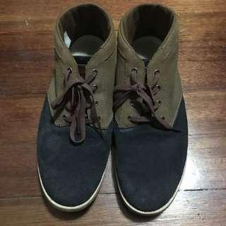 Lacoste high cut sneakers