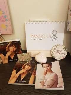 PANDORA2019桌曆