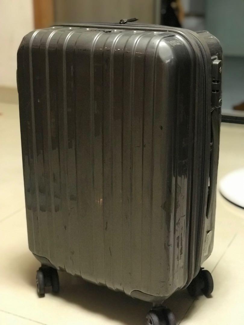 手提行李喼 carry-on luggage