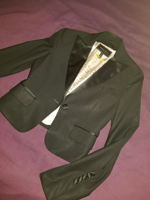 BCBG MAX AZRIA black wool fitted blazer