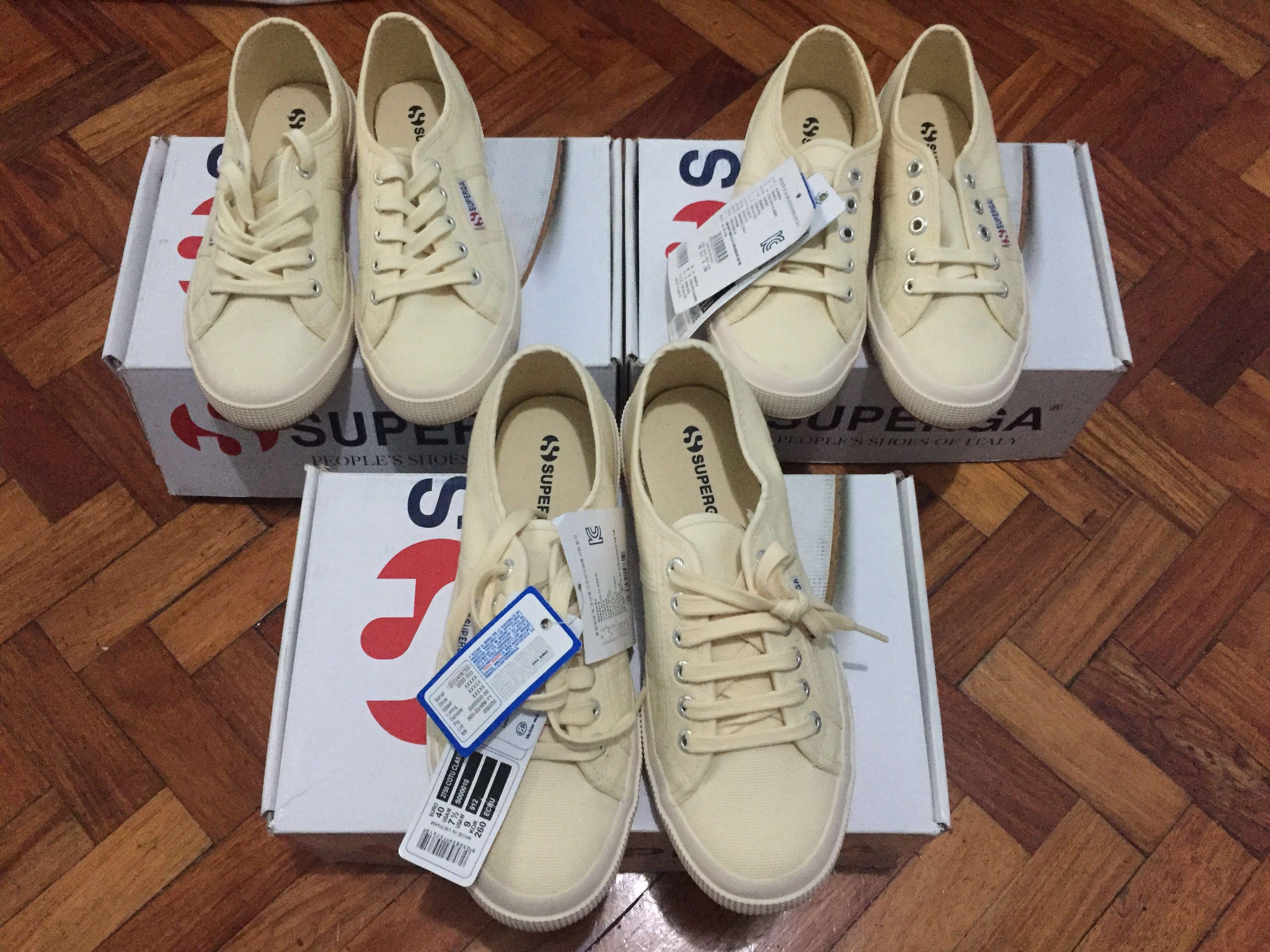 ab54d4b5a3b1d BN Superga Shoes