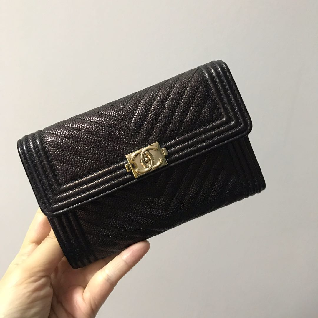9e0e79e0078a Cny Chanel Boy Flap Wallet Quilted Chevron In Chagne Ghw