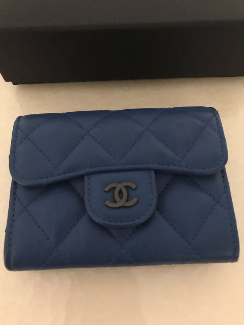 50feec8dffed6a Chanel XL cardholder in blue calfskin ruthenium hardware, Women's ...