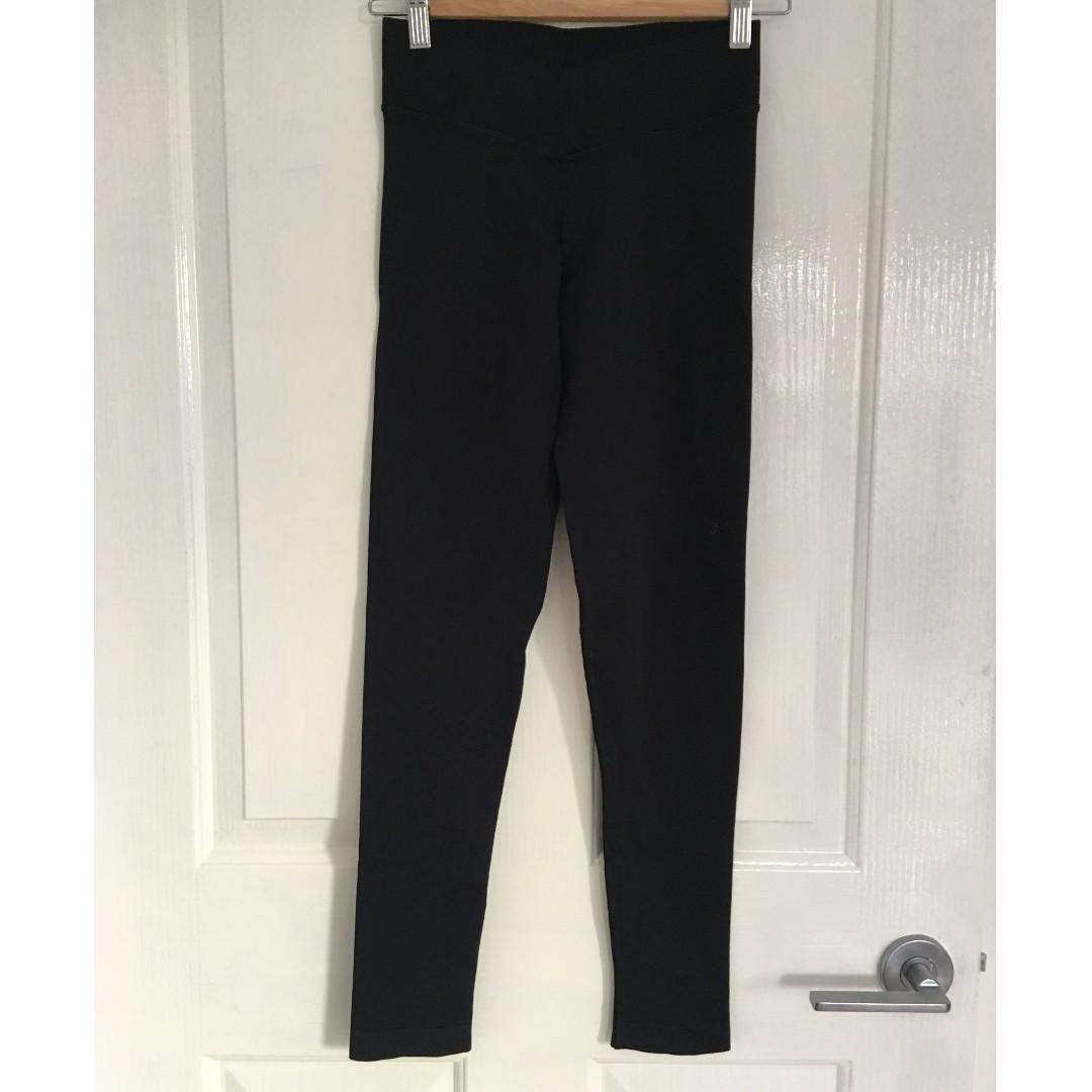 GUESS by Marciano Leggings. Size XS