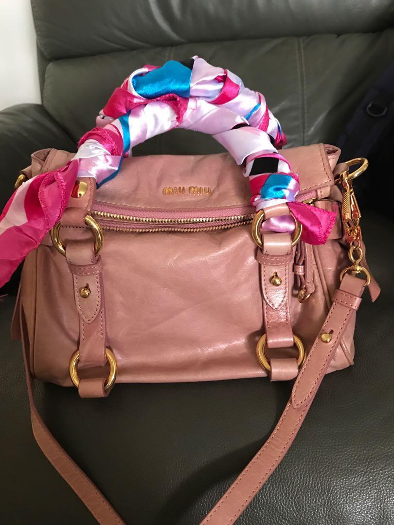 Miu Miu Bow Bag fast deal   380 self collection, Women s Fashion ... e424d2a278