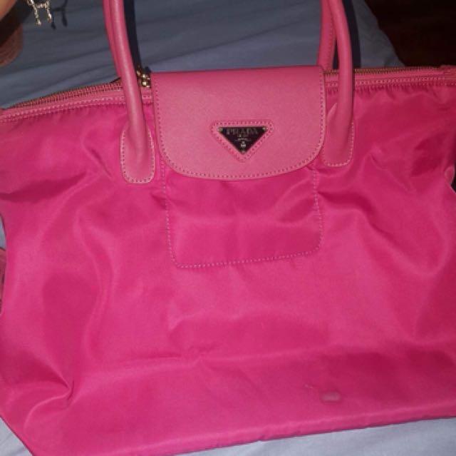 cf0225db1ff5 Pre loved Prada Tessuto Nylon Bag