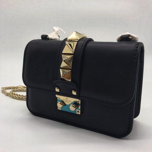 Valentino Garavani Rockstud Chain Shoulder Bag (Nero)