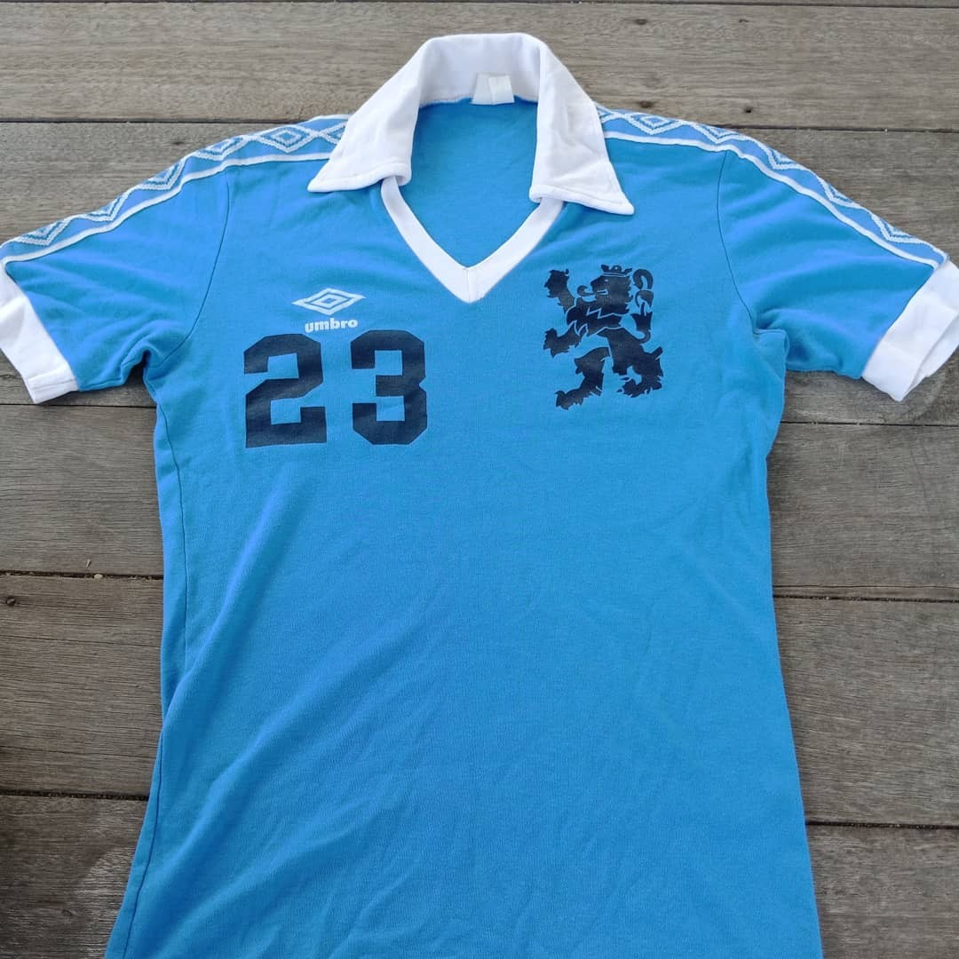 sports shoes 1576a 4051f Vintage umbro jersey ( template Manchester City)