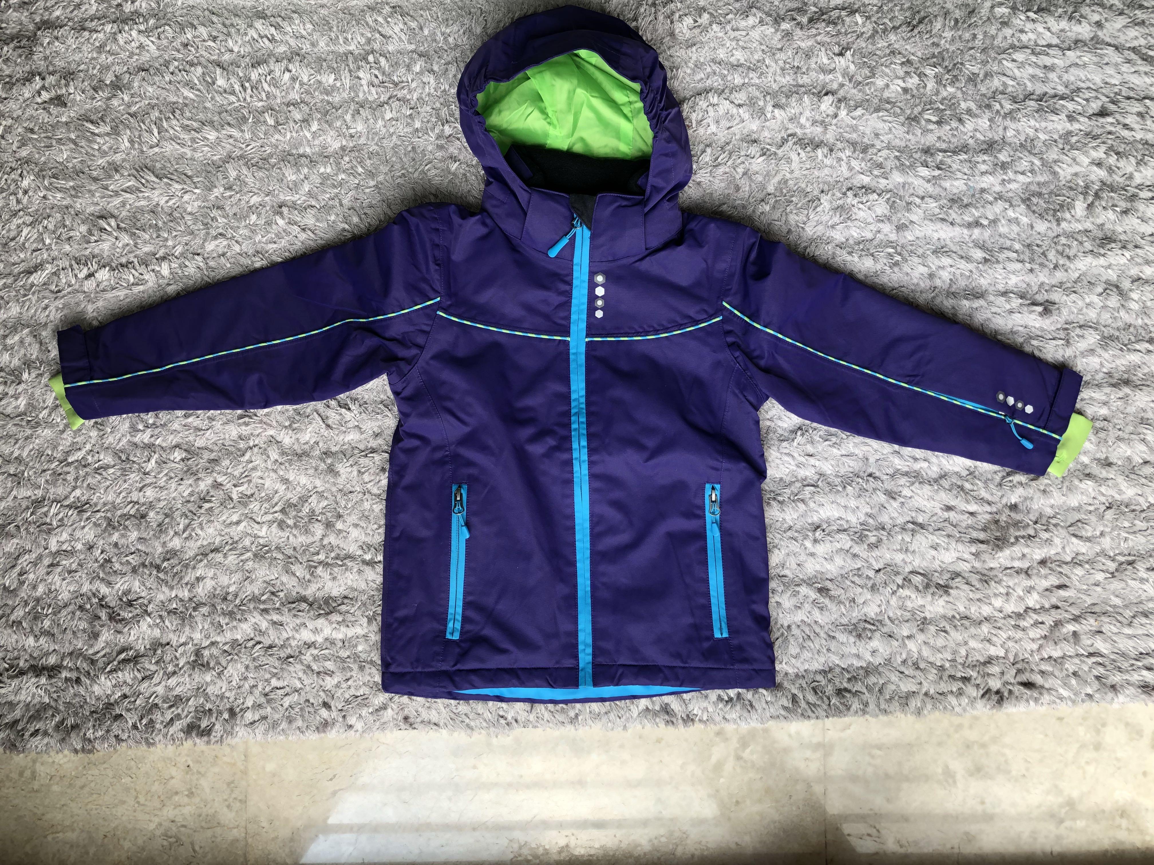 c41174bc19e2 Waterproof kids ski jacket