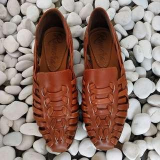 Leather Shoes [NEW]