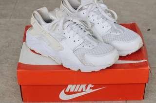 [FREE POS] 100% Authentic Nike Hurache White