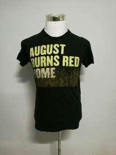 AUGUST BURN RED band t-shirt