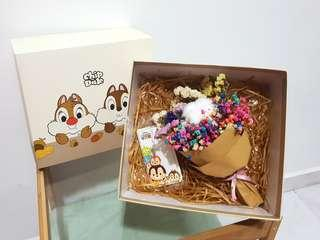 Chip and dale ezcharm flower bouquet set