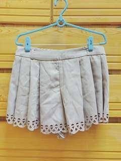 🚚 M號氣質短褲