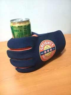 Pro Beer Drinking Glove (from NZ)