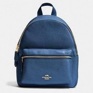COACH藍色荔枝紋小款後背包